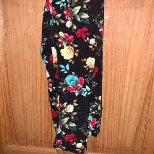 LuLaRoe Pants - ❌SOLD❌ NWT OS LLR Floral & Jaguar Printed Leggings
